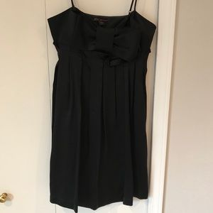 Pretty Black Dress with Bow and Pleats